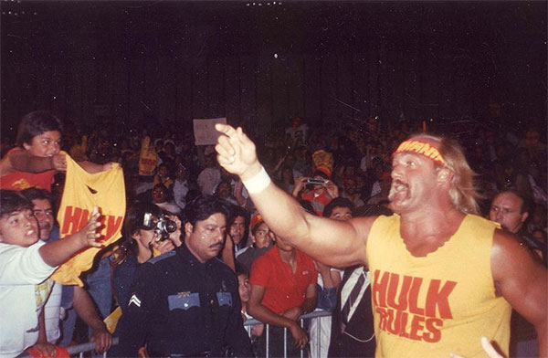 Devil-Cross-8-Hulk-Hogan